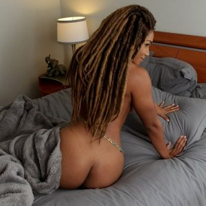 Jaida sex dating in Easthampton Town Massachusetts